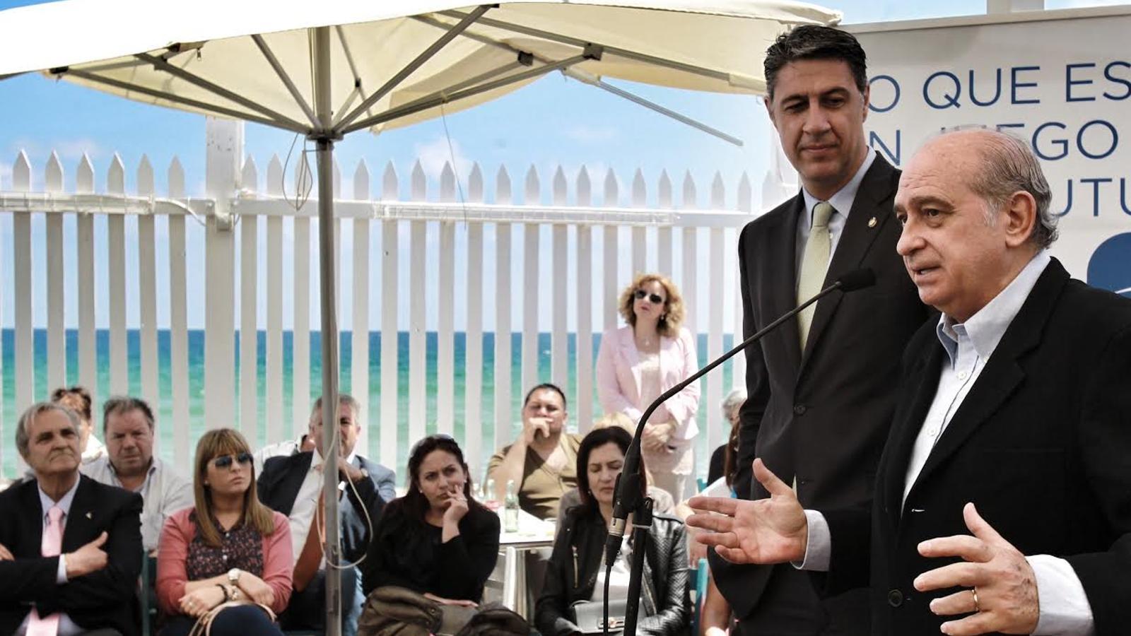 Garc a albiol repta els bonistes amb la immigraci a for Ministre interior