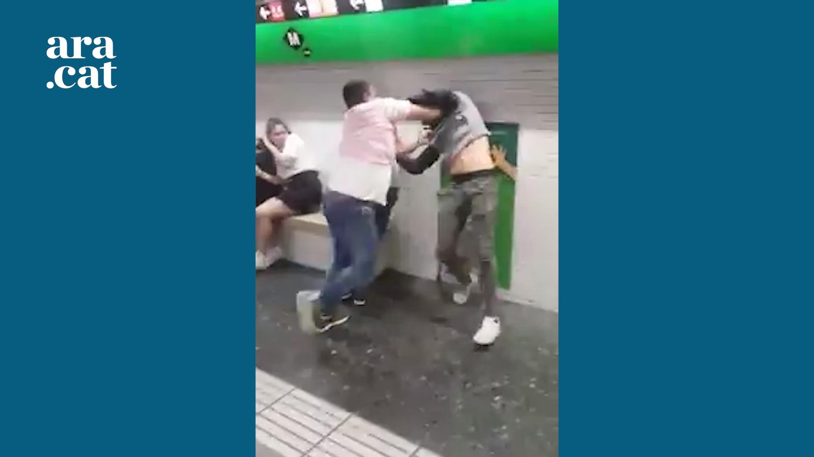 Agressió a un carterista al metro de Barcelona