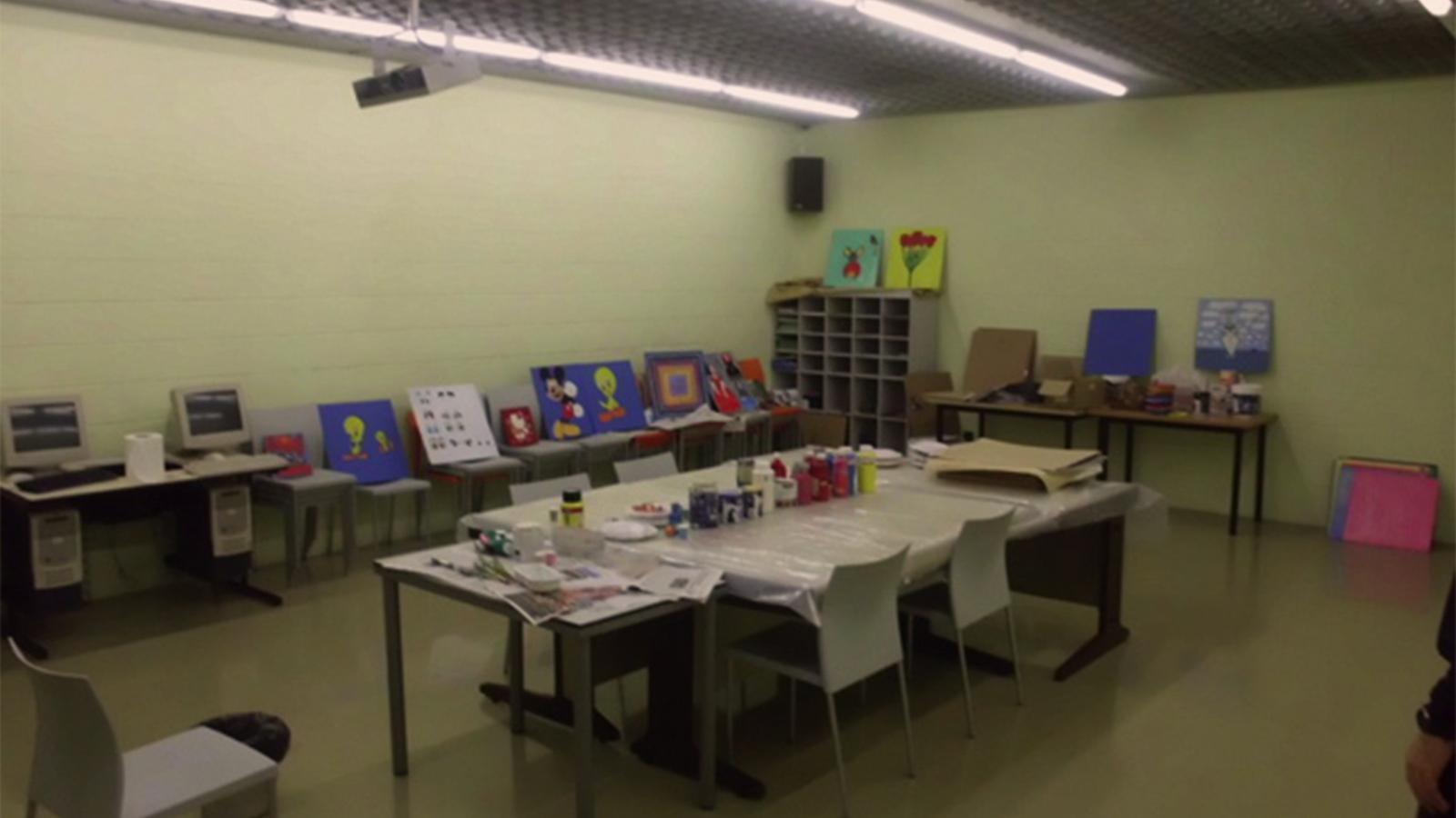 Zona de tallers pels interns del centre penitenciari de la Comella. / ARXIU ANA