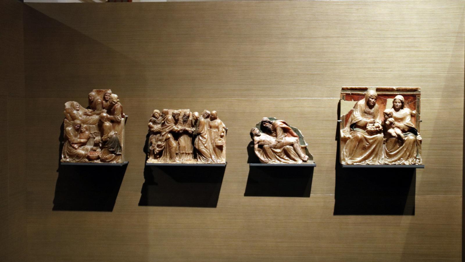Fragments del Retaule de Santa Anna procedents del Monestir de Sixena, exposats al Museu de Lleida.
