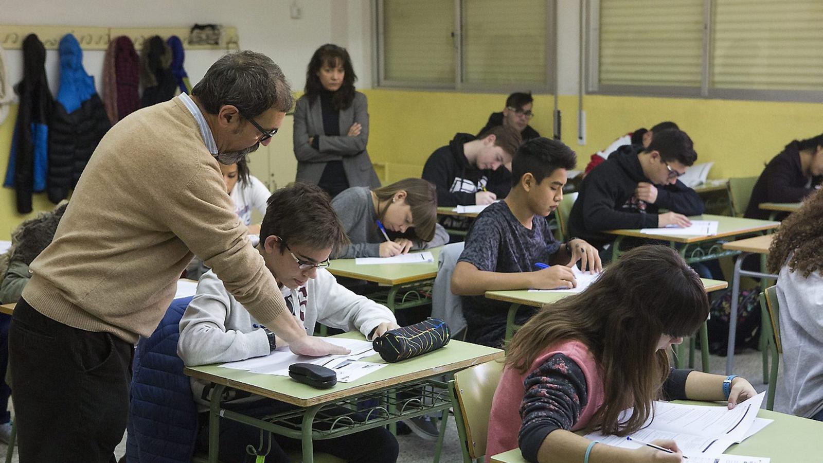 L'OCDE detecta un possible frau en les proves de lectura de l'informe PISA a Espanya