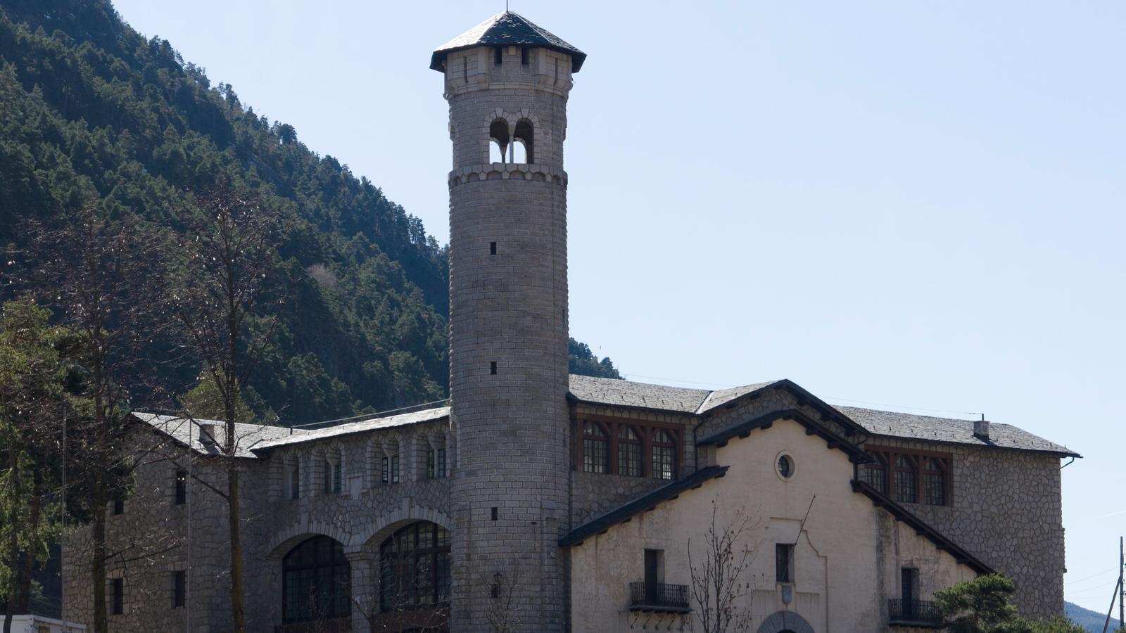 L'edifici de l'antiga Ràdio Andorra, a Encamp