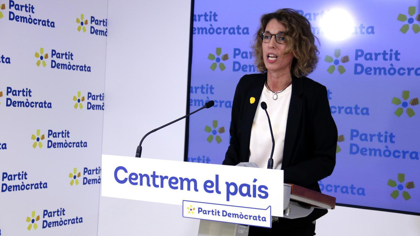 Les bases del PDECat confirmen Àngels Chacón com a candidata