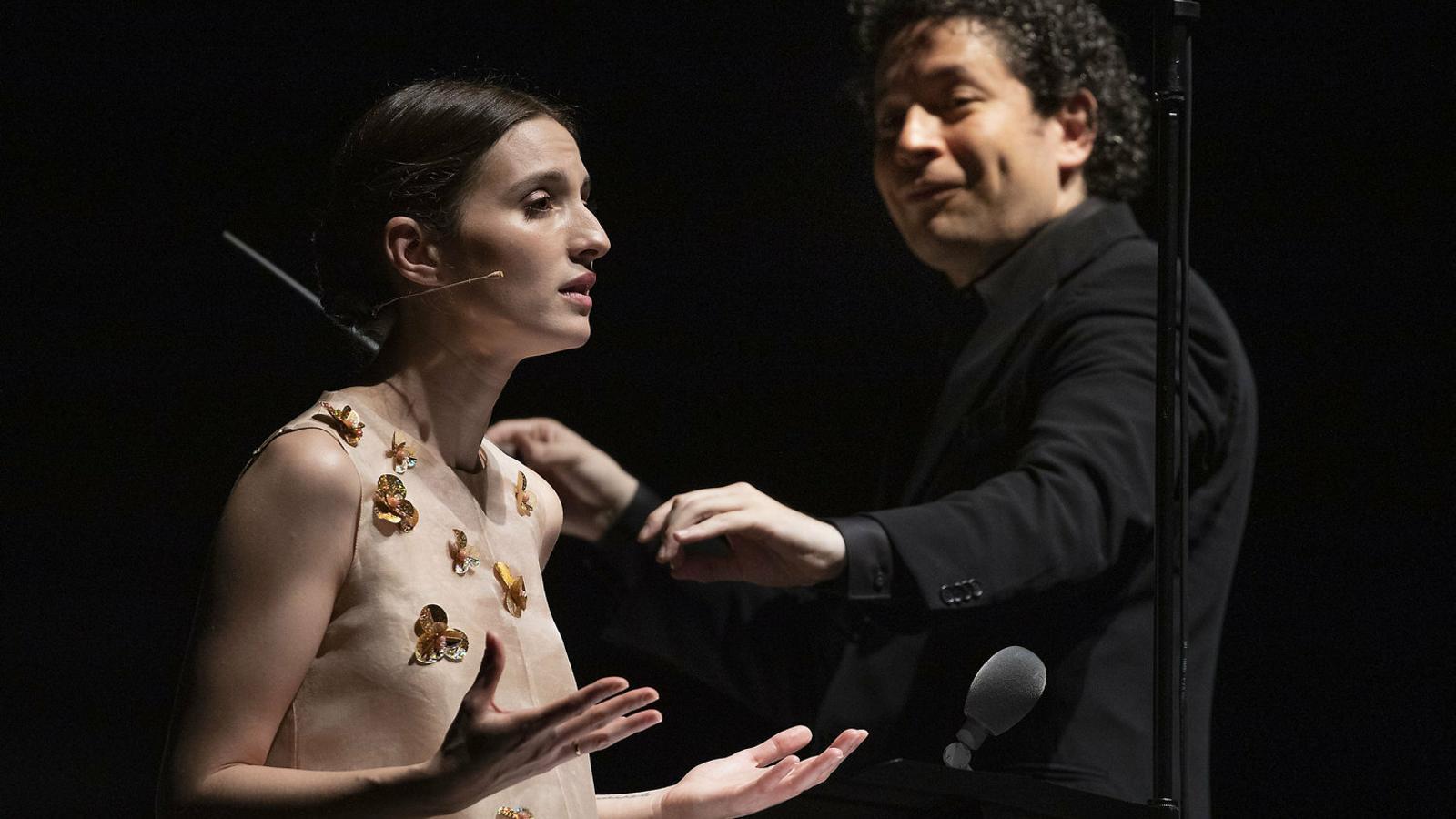 El director musical Gustavo Dudamel amb l'actriu María Valverde aquest dissabte al Festival de Peralada.