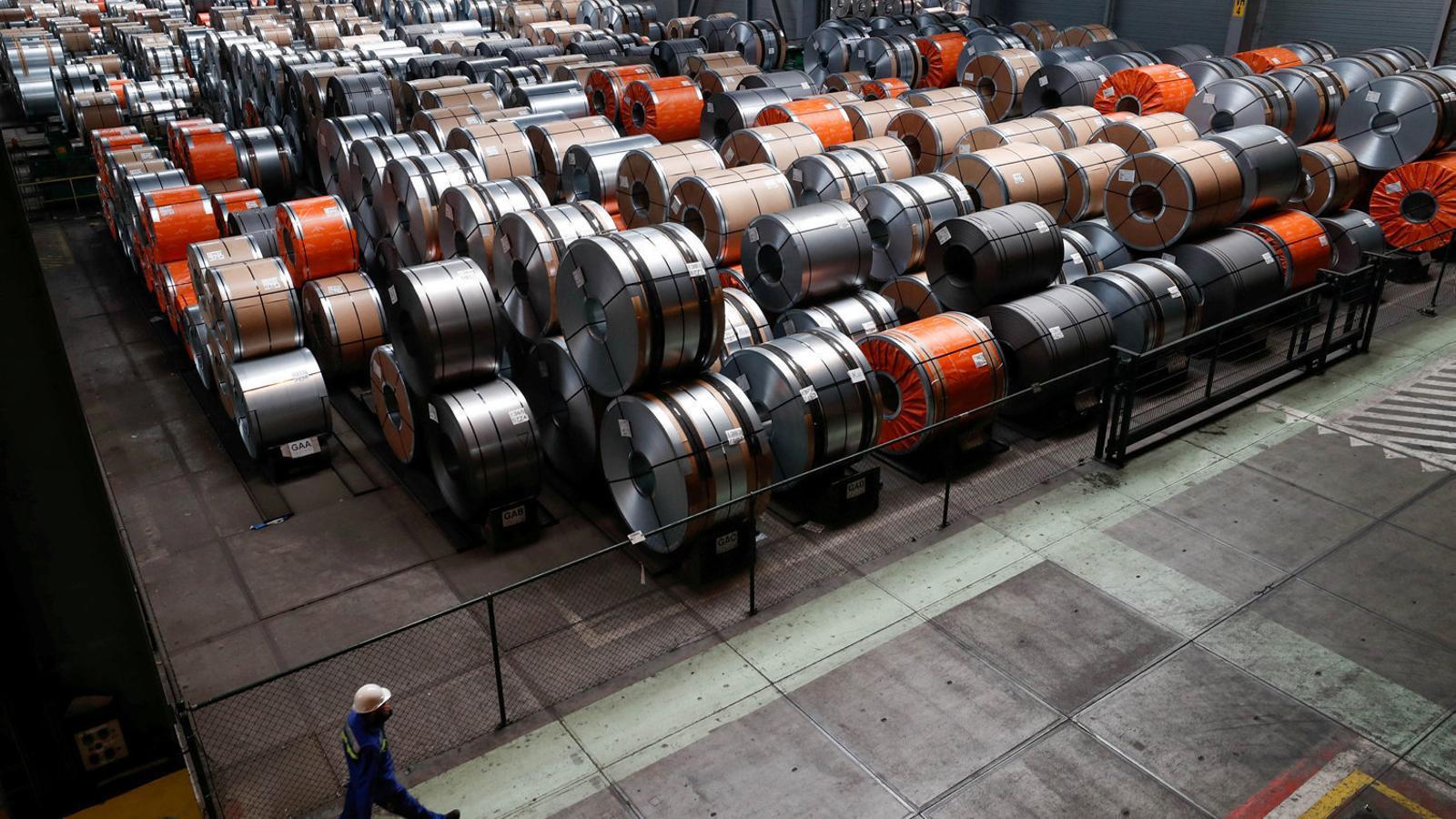 Bobines d'acer, un dels productes als quals Trump ha posat aranzels, en una fàbrica de Bèlgica.