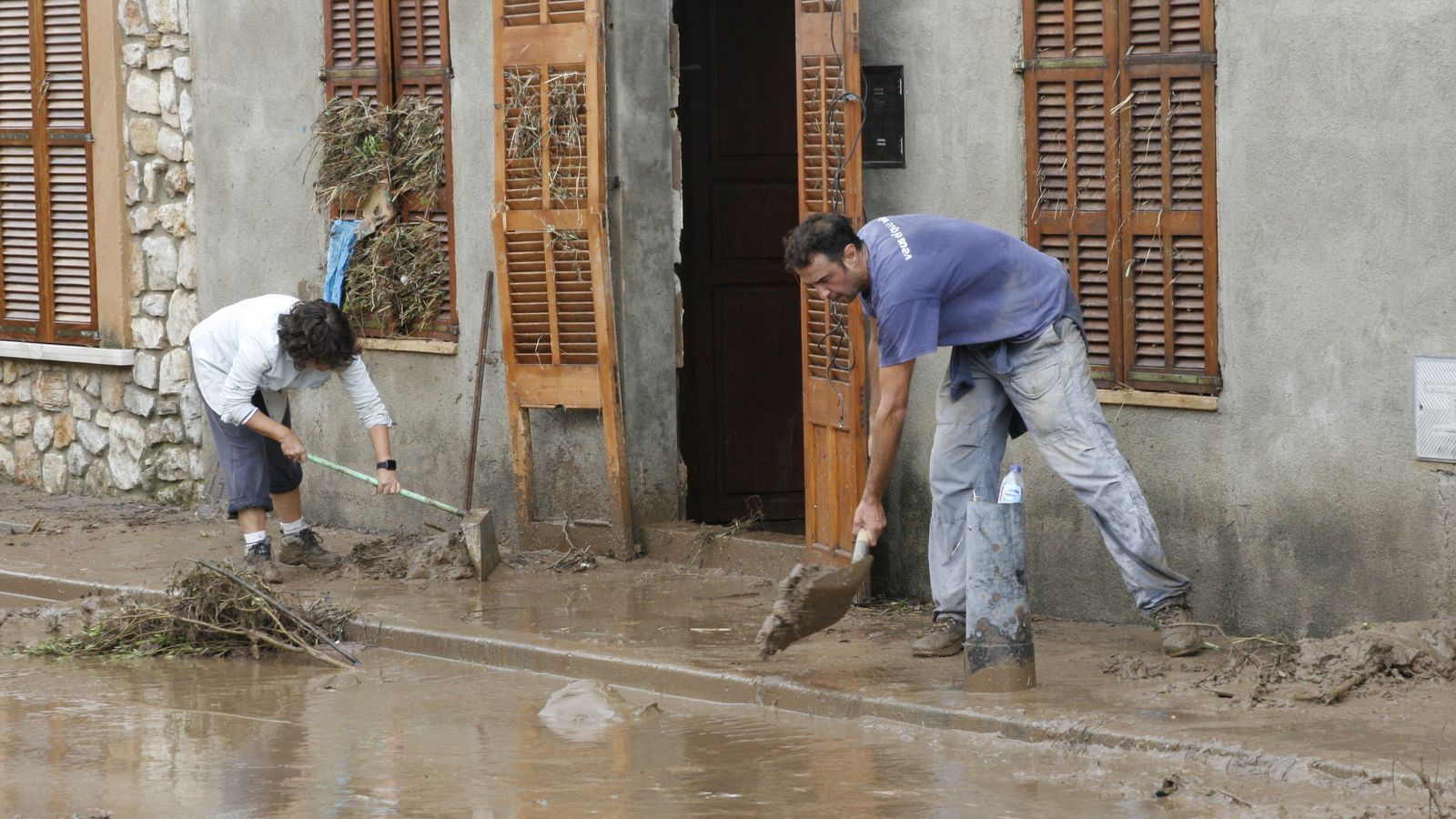 Unes 400 vivendes del poble de Sant Llorenç es varen veure afectats en major o menor grau per les inundacions.undats