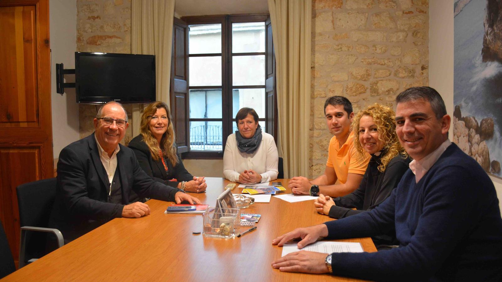 Imatge de la reunió que ha tingut lloc a l'Ajuntament de Santanyí.