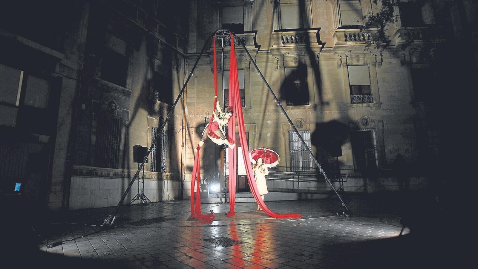 Imatge d'arxiu d'un espectacle al centre de Palma