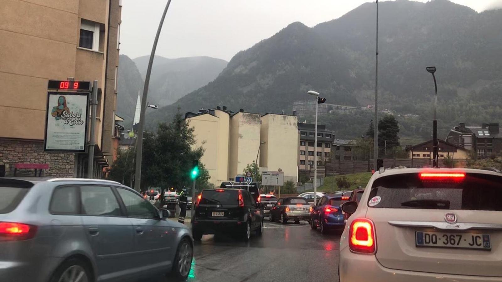 La prova pilot al carrer Sant Andreu xoca amb la tornada a l'escola