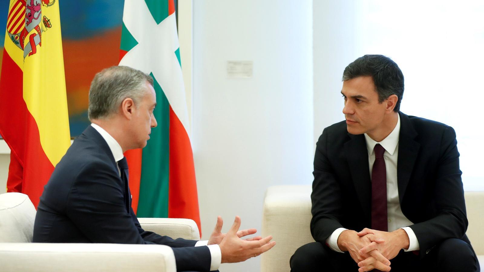 """Urkullu i Sánchez acorden treballar per """"normalitzar"""" la política penitenciària dels presos d'ETA"""