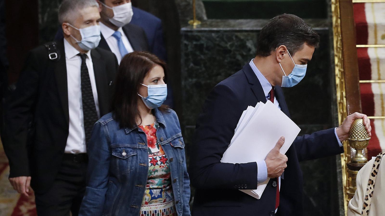 El president espanyol, Pedro Sánchez, aquesta setmana al Congrés amb el ministre de l'Interior, Fernando Grande-Marlaska, i la portaveu del PSOE, Adriana Lastra.