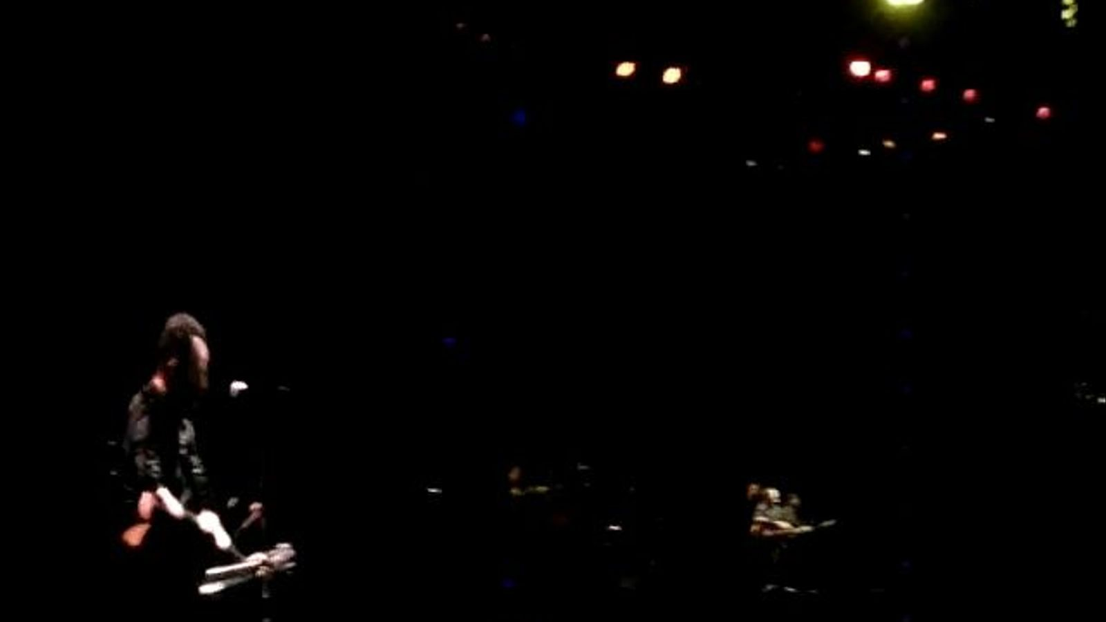 Bruce Springsteen interpreta  'Waitin' on a sunny day'