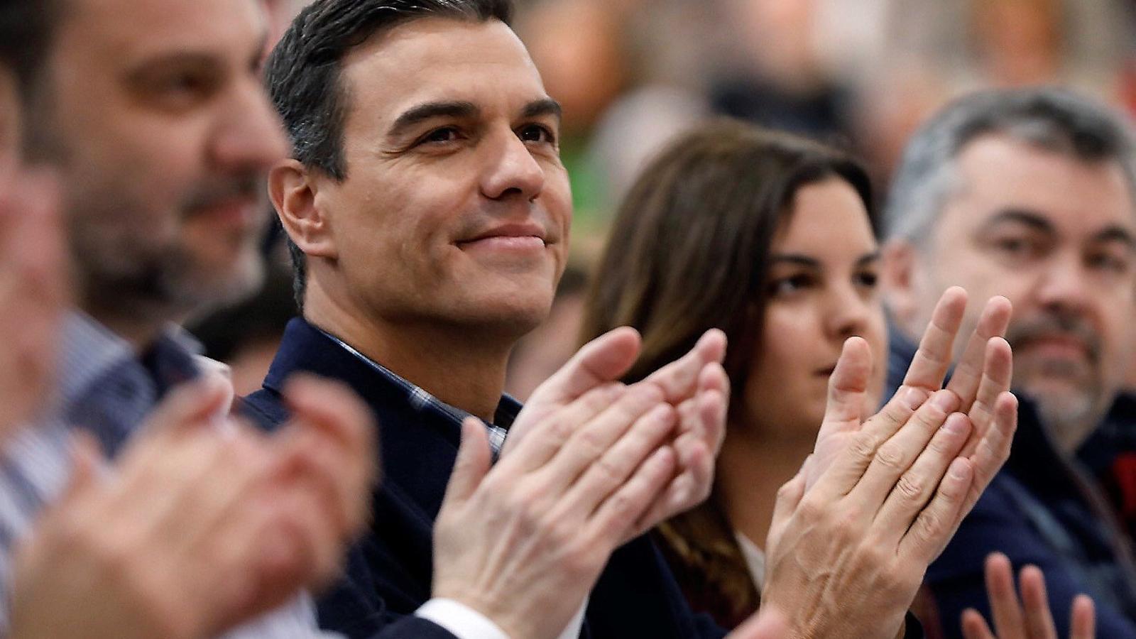 """La Moncloa accepta incorporar un """"relator"""" que """"prengui nota"""" del diàleg de partits"""
