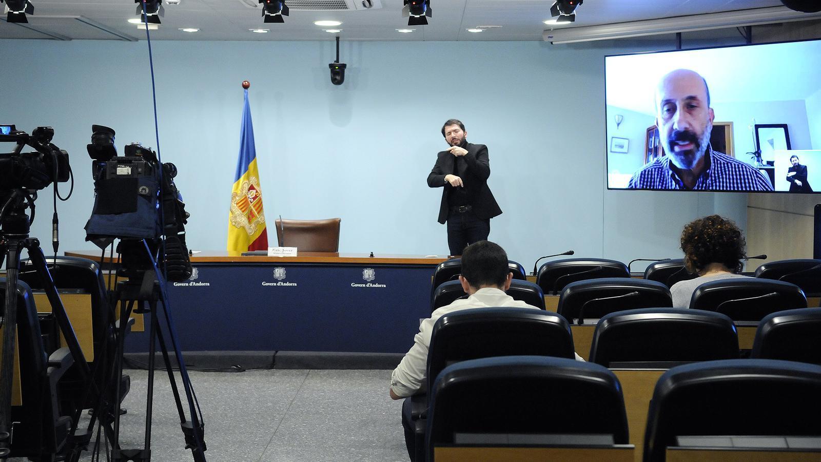 El ministre de Salut, Joan Martínez Benazet, en roda de premsa. / SFG