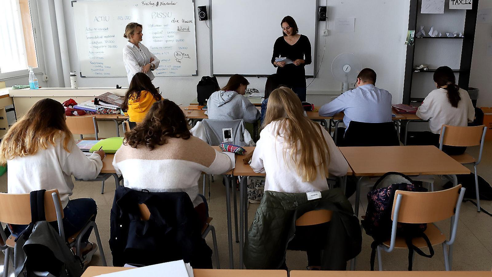 El català a l'escola: prohibit durant segles i encara qüestionat