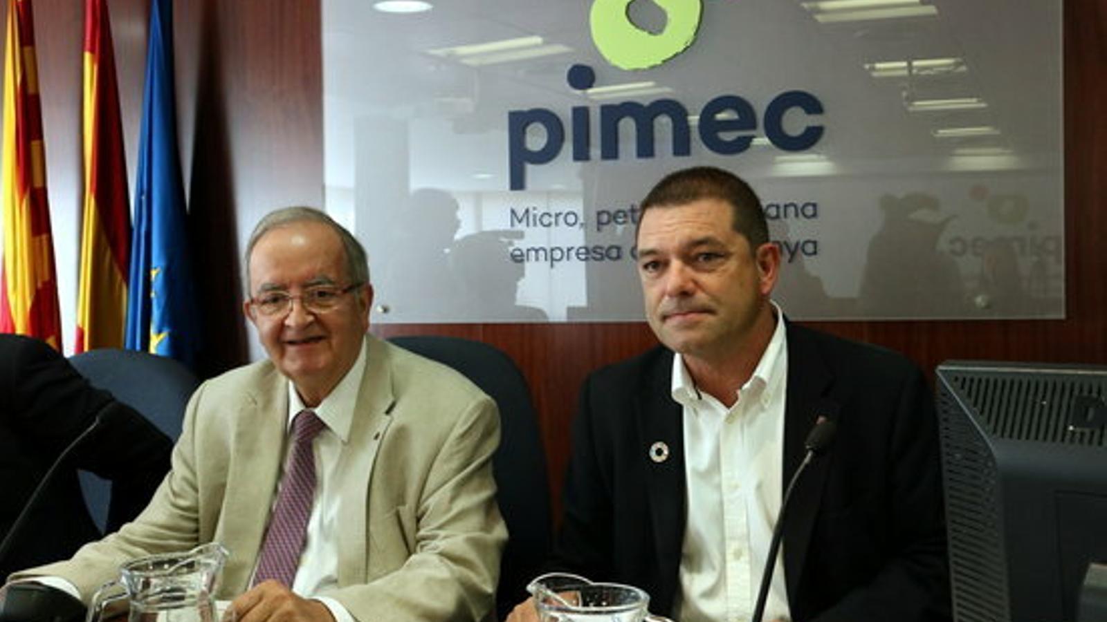 El president de la Pimec, Josep González, i el secretari d'Economia, Joaquim Ferrer.