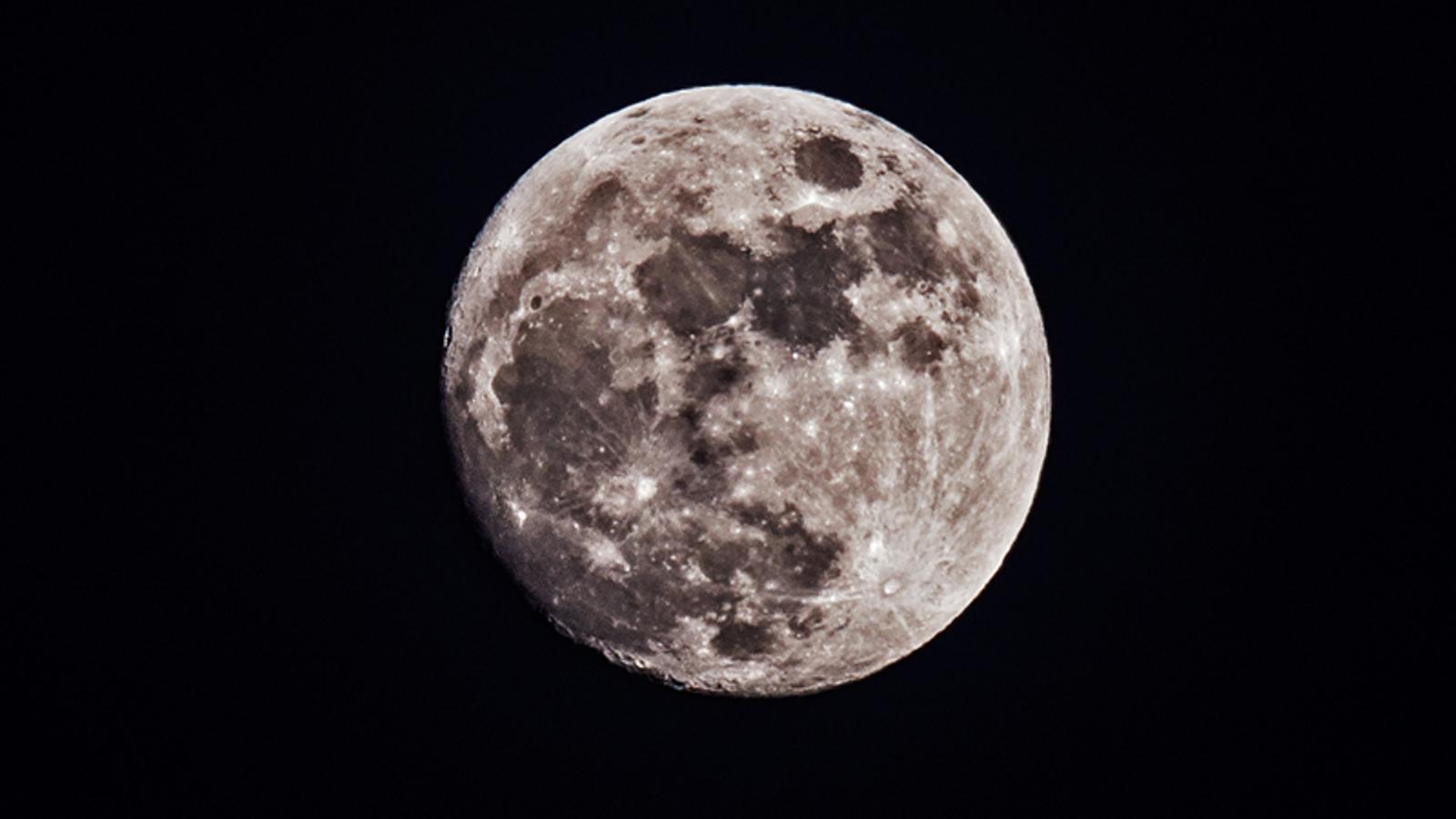 Una superlluna i un eclipsi total marcaran l'inici de la setmana que ve