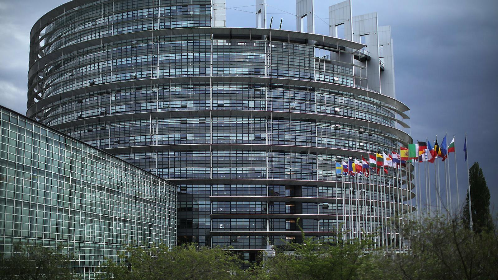 Pugna a la UE per fixar un compromís clar contra l'emergència climàtica