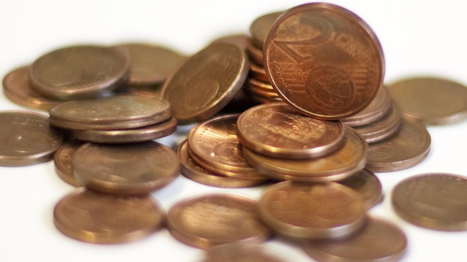 Monedes de dos cèntims d'euro i d'un cèntim / FERRAN FORNÉ