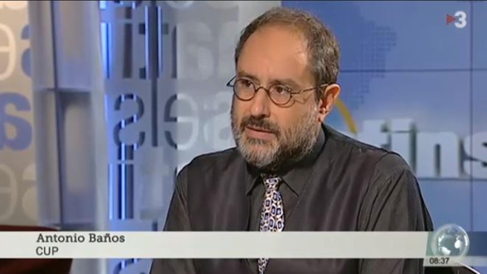 Antonio Baños durant l'entrevista d'Els Matins de TV3