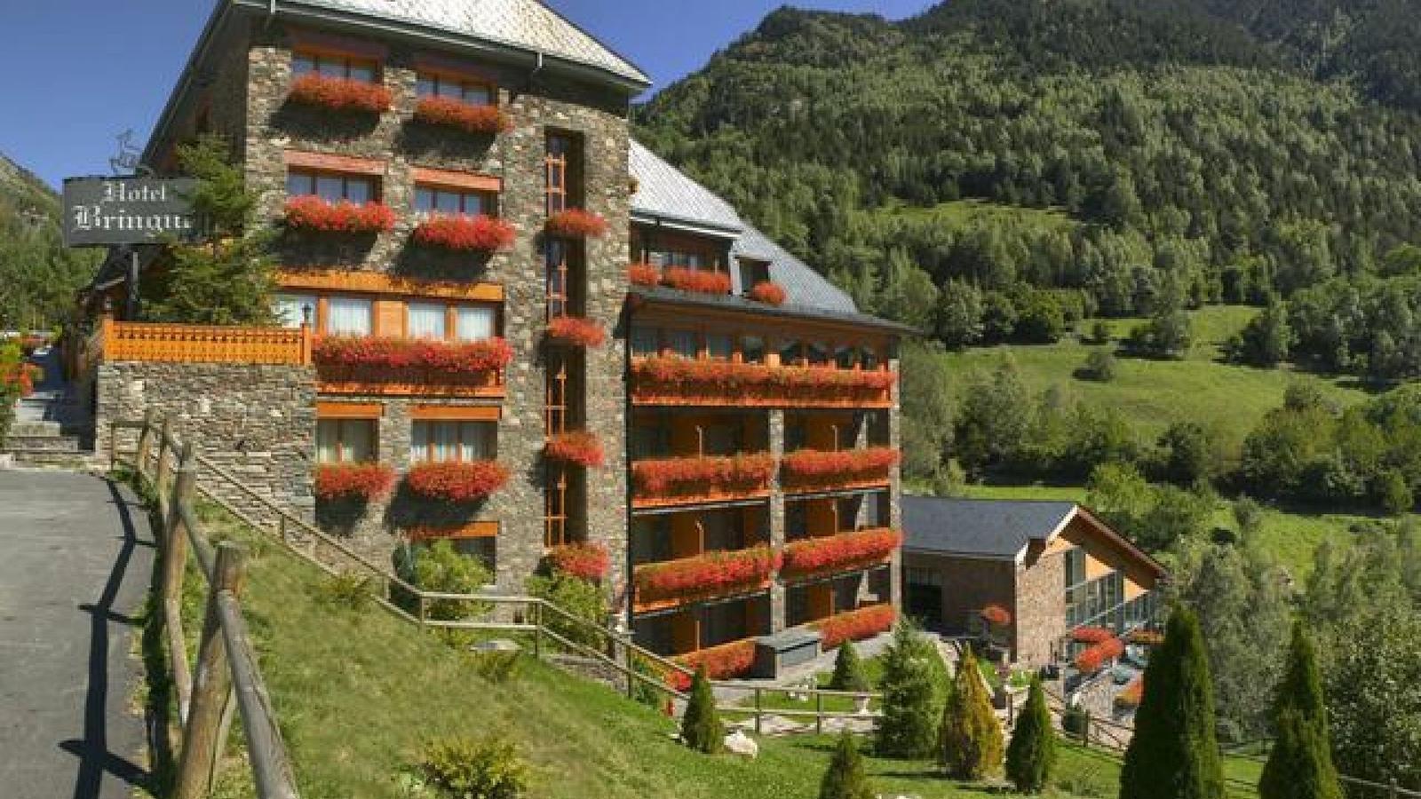 L'hotel Bringué, a Ordino, en una imatge d'arxiu. / HOTEL BRINGUÉ