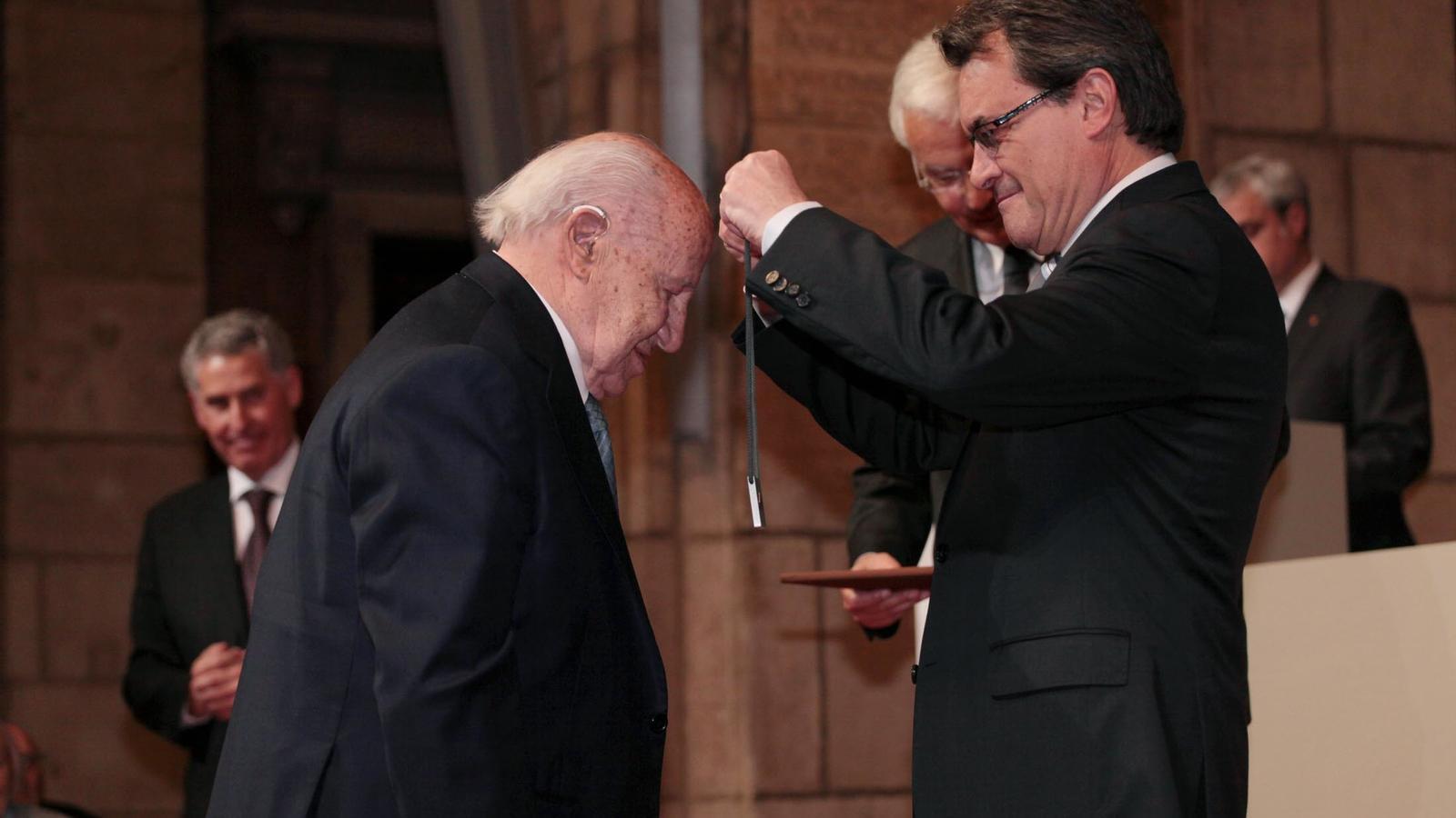 Mor Casimiro Molins, president de Ciments Molins, als 97 anys