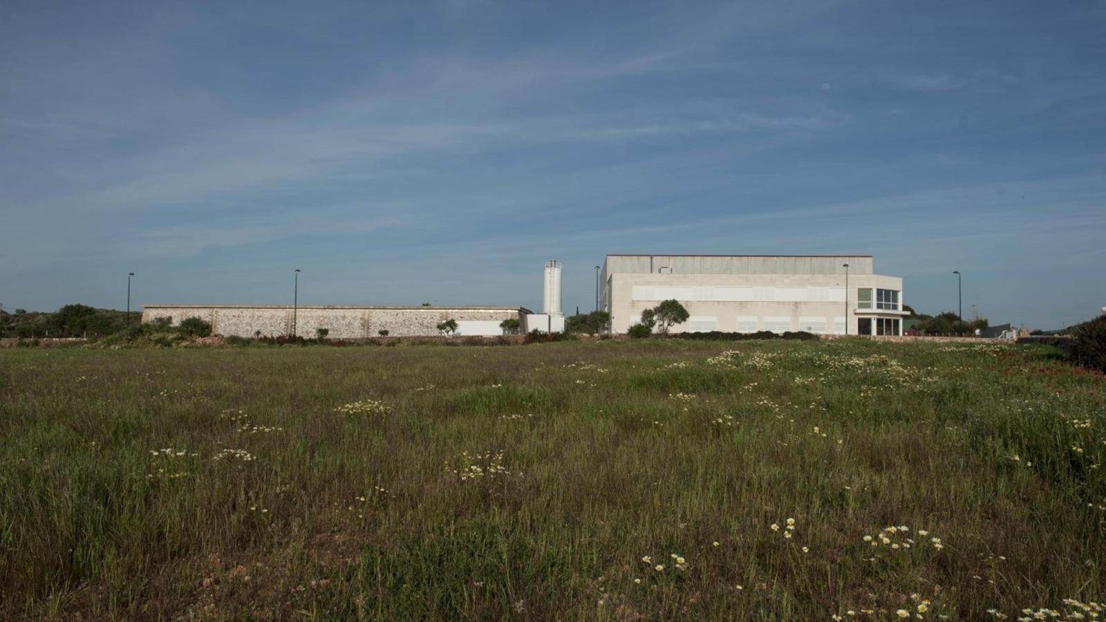 La planta d'emmagatzematge de Ciutadella s'ubicarà al costat de la Dessaladora, a la zona de Rafal Amagat.