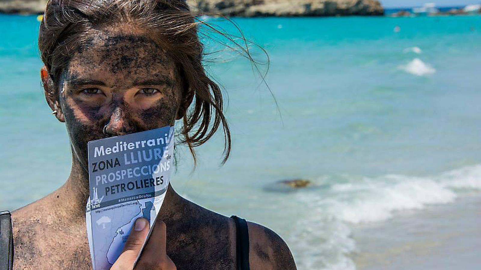 LLIURE DE PROSPECCIONS  PP i C's veten la tramitació de la llei que declara el Mediterrani lliure de prospeccions.
