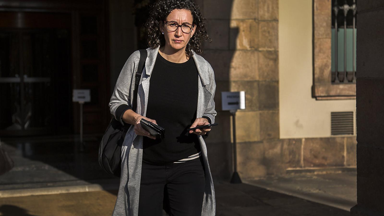 Marta Rovira, que podria ser imputada, a la porta del Parlament a l'octubre.