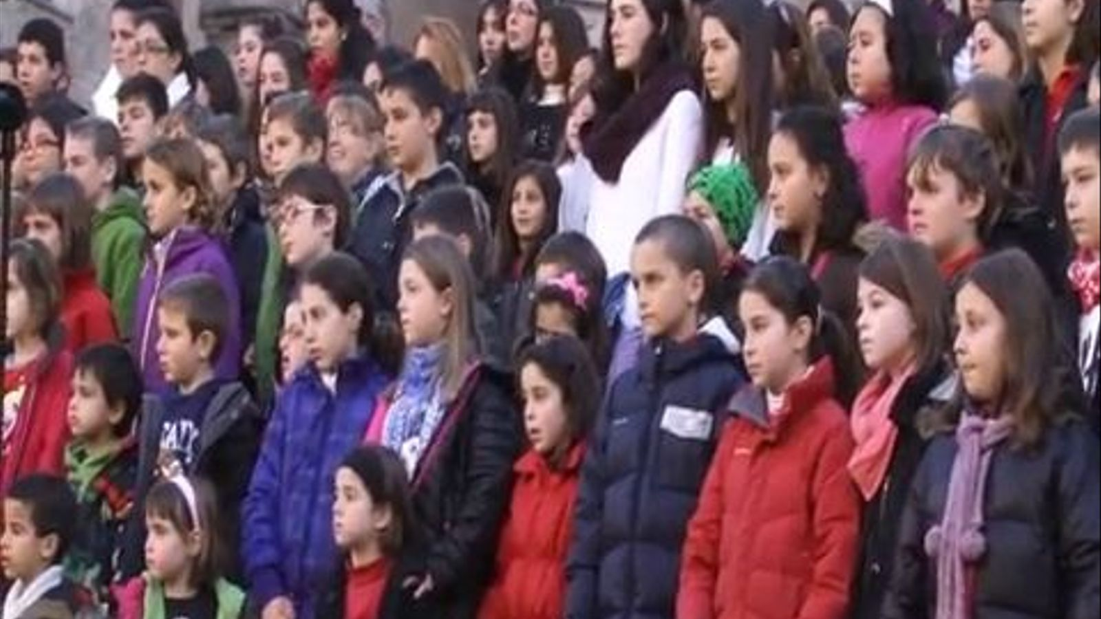 'Flashmob': cantada de Nadales a les escales de la Catedral