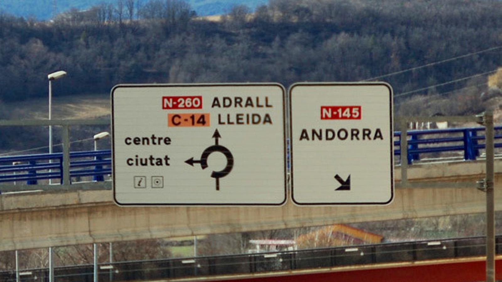 L'accident va tenir lloc a la N-260 al seu pas per Adrall