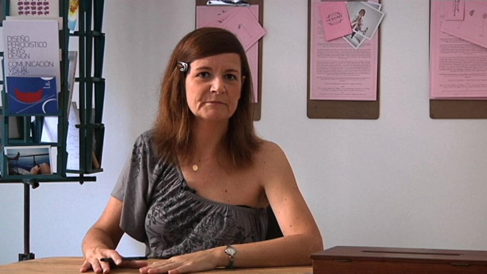 ARA Emprèn: Patricia Ballesté, una dissenyadora gràfica que converteix el seu estudi en galeria