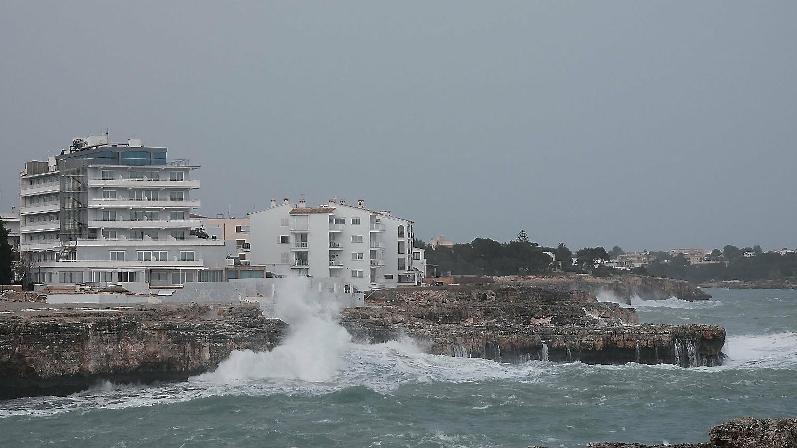 Experts reclamen que es faci marxa enrere en la urbanització de la costa