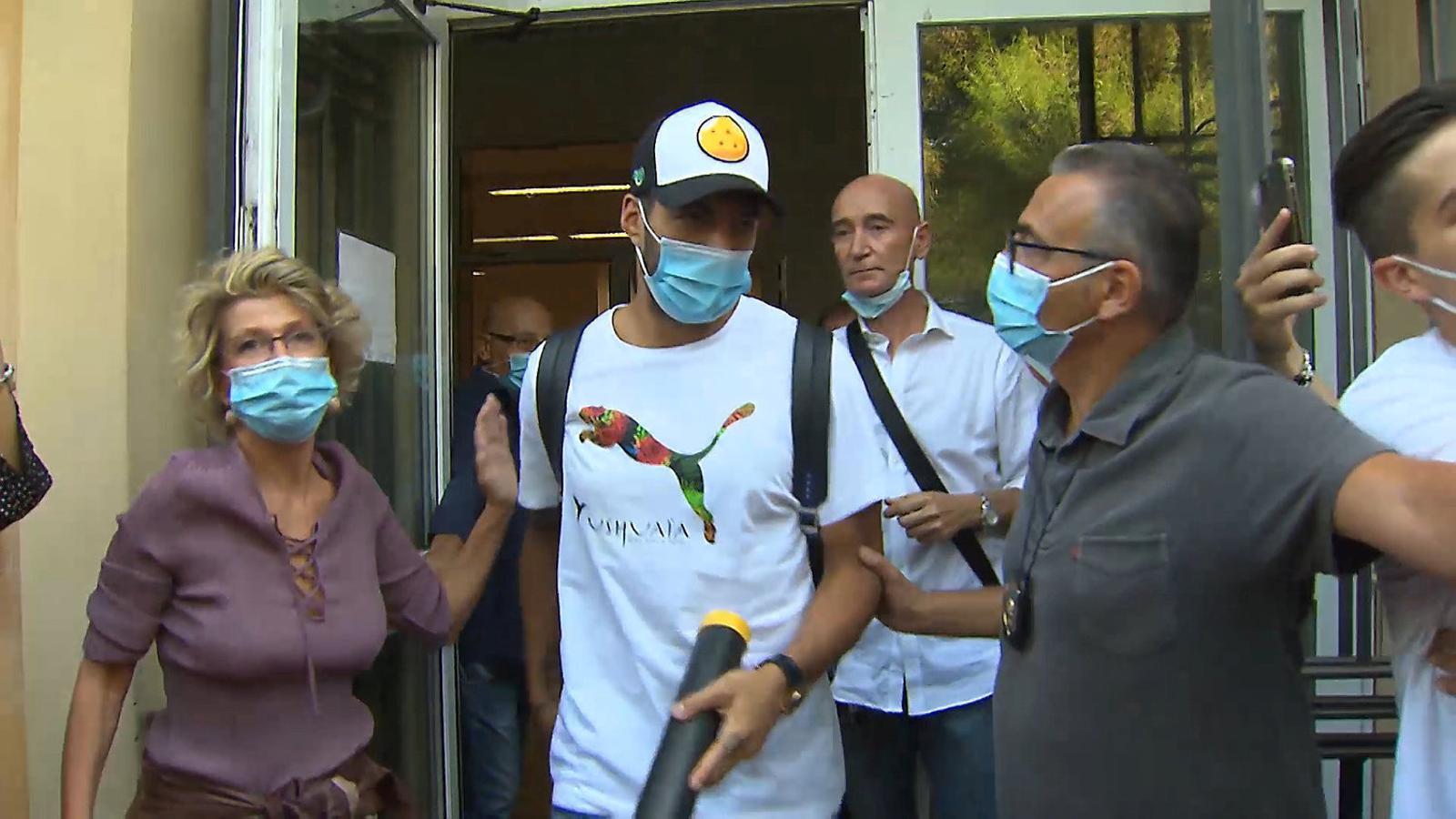 Suárez va fer un viatge llampec a Perusa per fer un examen d'italià.