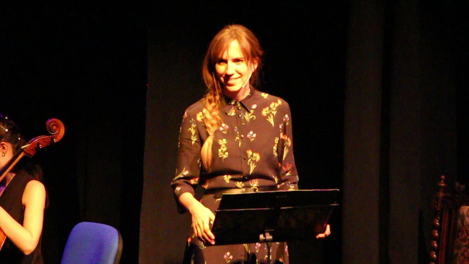 L'actriu catalana, Aina Clotet, en un moment del relat. / L. M. (ANA)