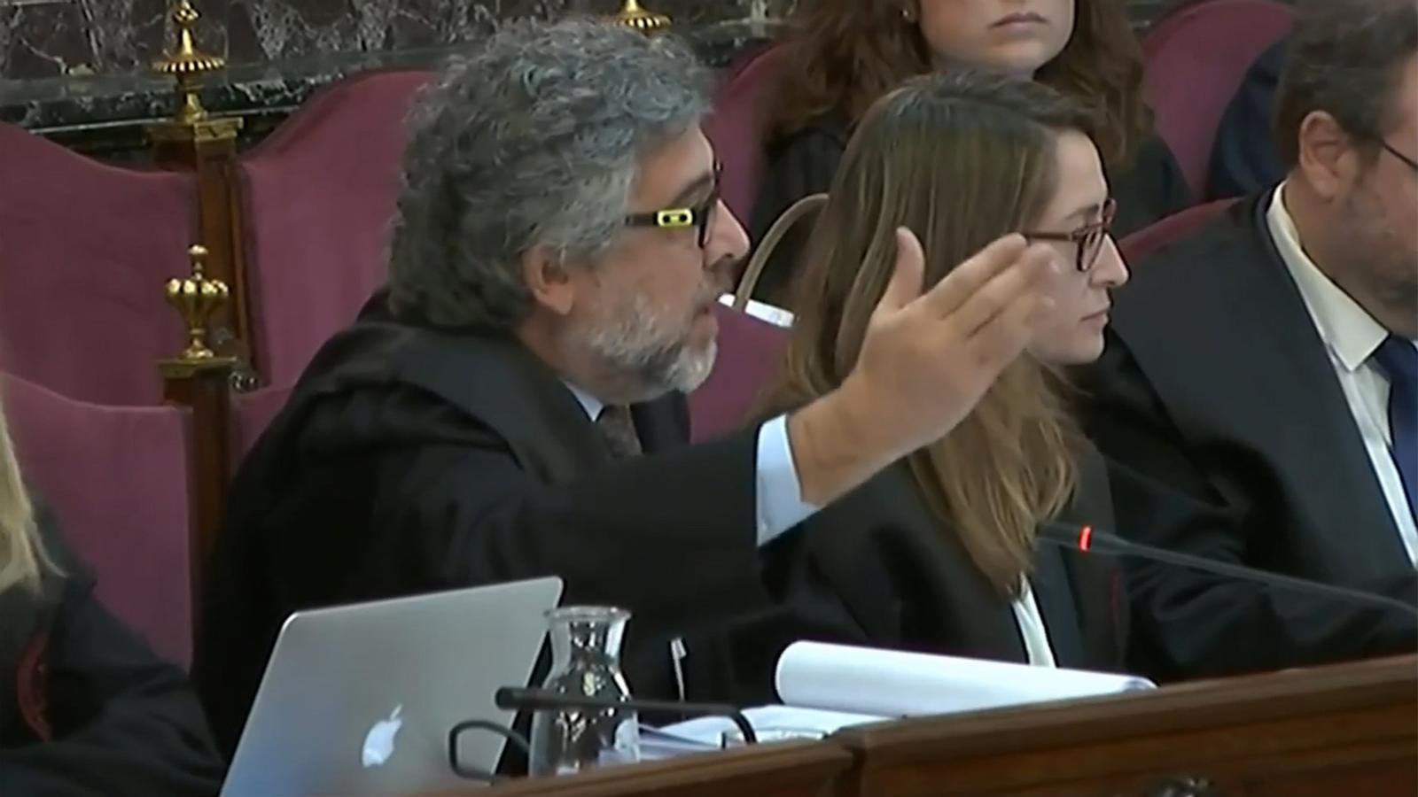 Jordi Pina es queixa que la Fiscalia estigui utilitzant suposades frases de la declaració del diputat de JxCat en fase d'instrucció sense aportar-ne la literalitat