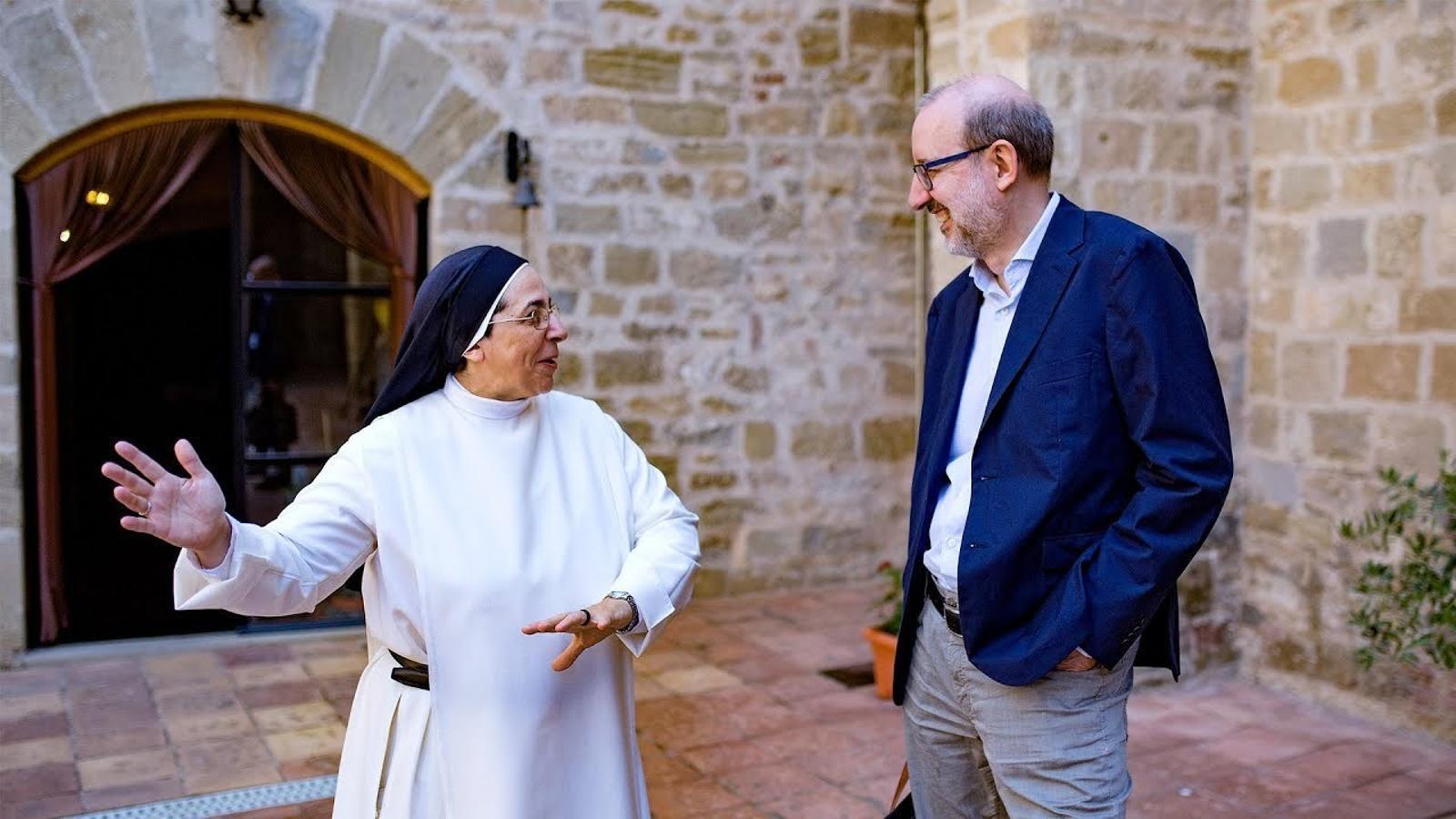 Entrevista d'Antoni Bassas a Sor Lucía Caram