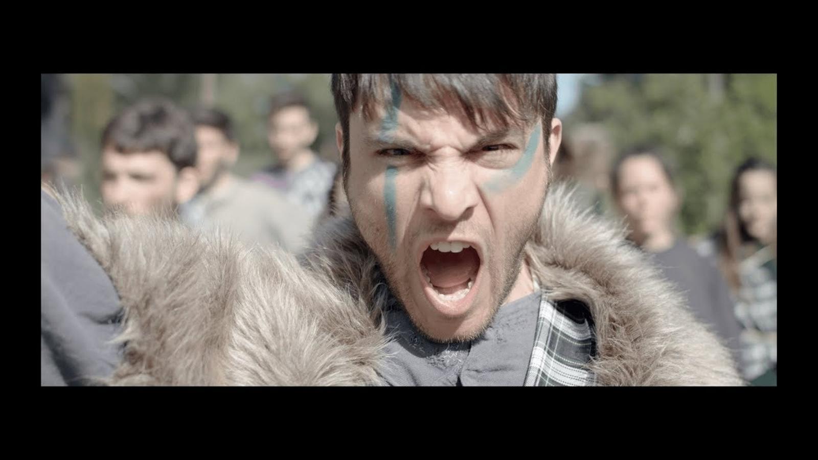 Videoclip d''Activa la bomba', d'Ovella Xao (amb Pupil·les)