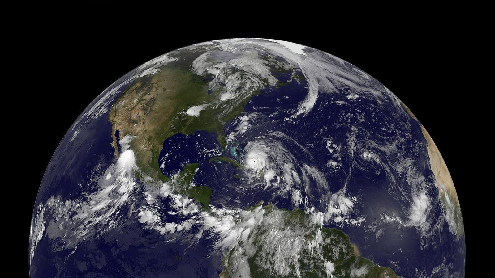 El camp magnètic  de la Terra s'afebleix