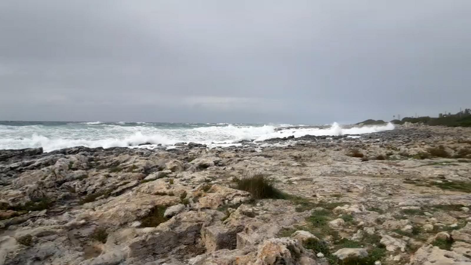 El temporal a Menorca. / DAVID ARQUIMBAU