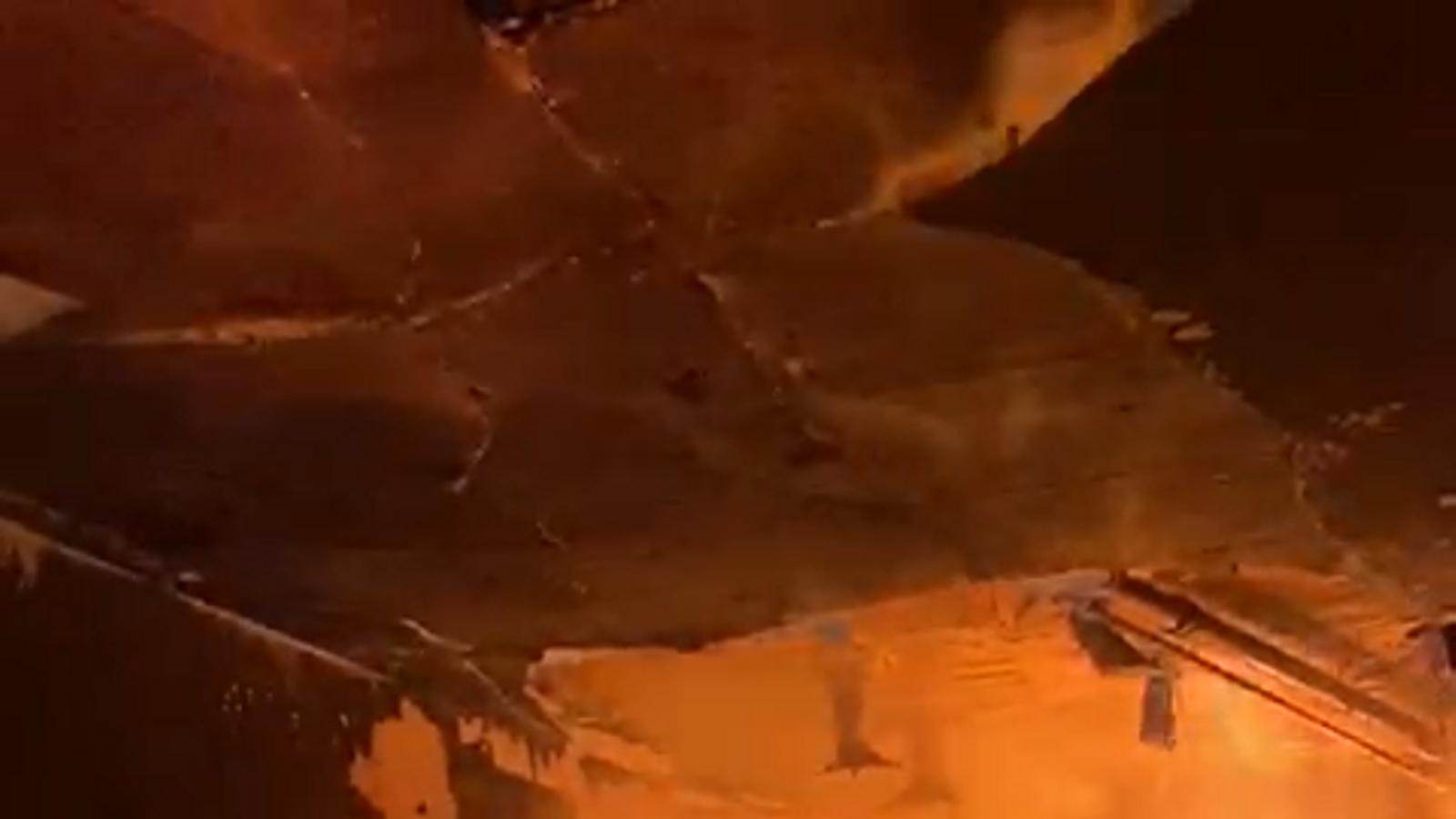 Les flames de l'incendi d'aquest divendres a l'avinguda Meritxell