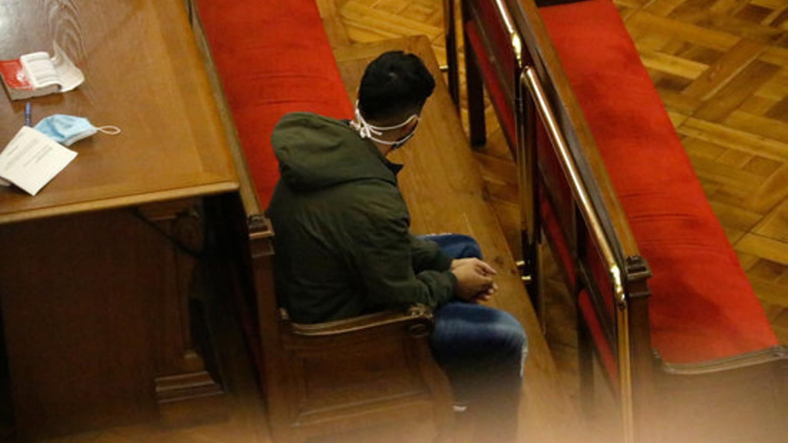 El pare del nadó de Pineda mort, durant la lectura del veredicte del jurat aquest dimarts a l'Audiència de Barcelona