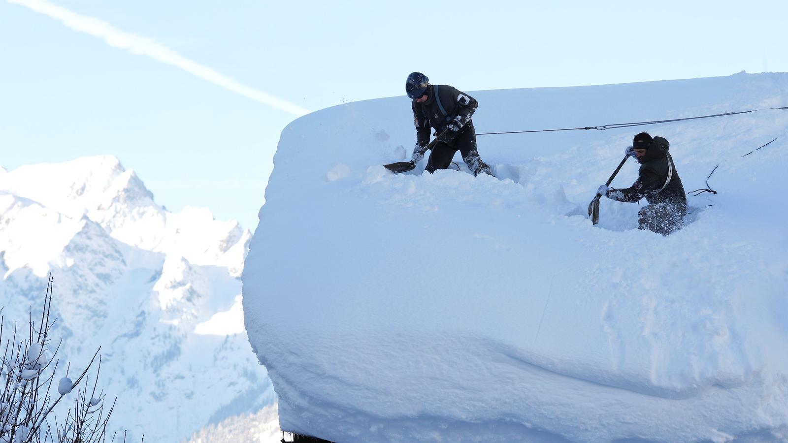 La neu bat rècords als Alps i s'estendrà per més parts d'Europa la setmana que ve