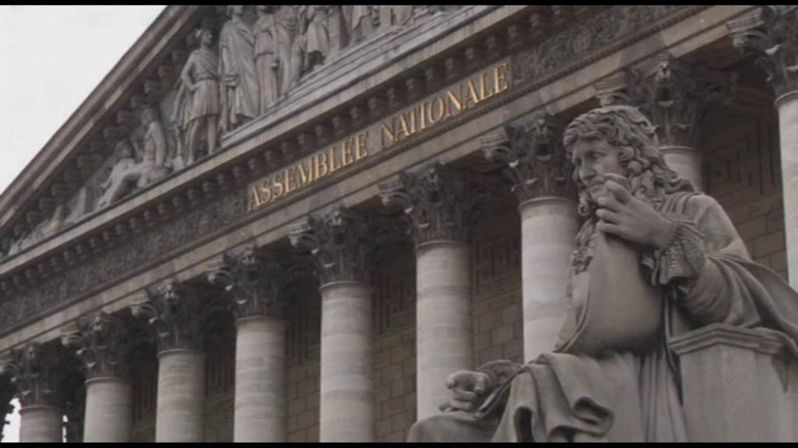 El parlament francès aprova les reformes d'Hollande