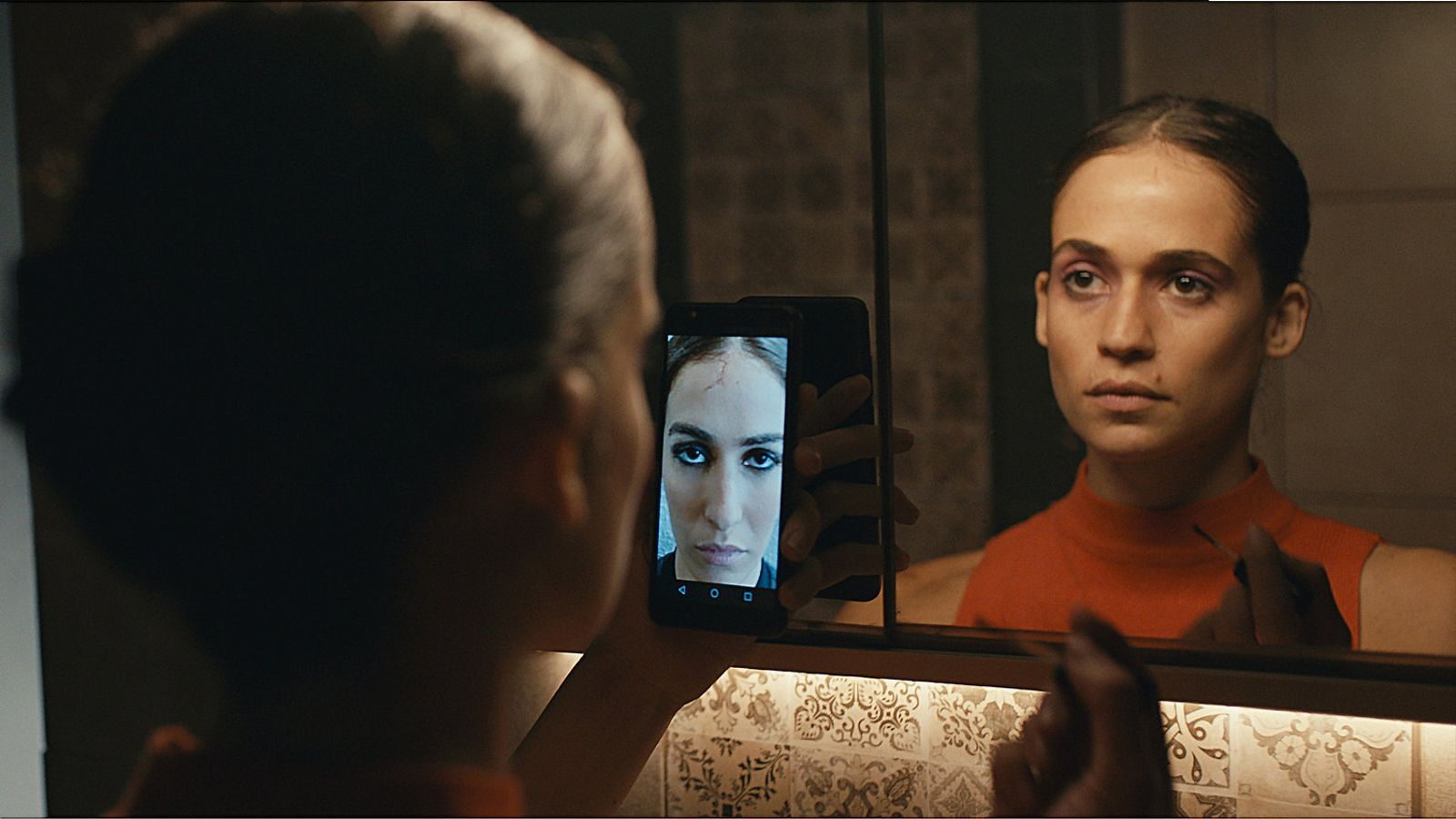 Niv Sultan interpreta la protagonista de Teheran, una hacker del Mossad que torna a l'Iran, el seu país d'origen.