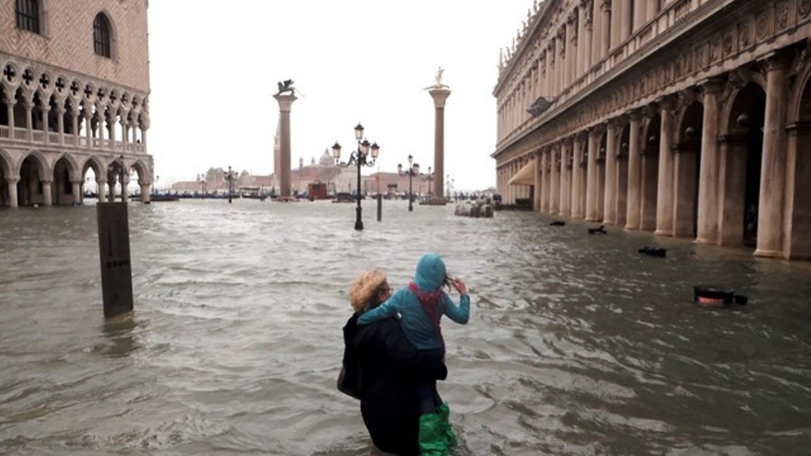 Venècia sota l'aigua aquest migdia / REUTERS