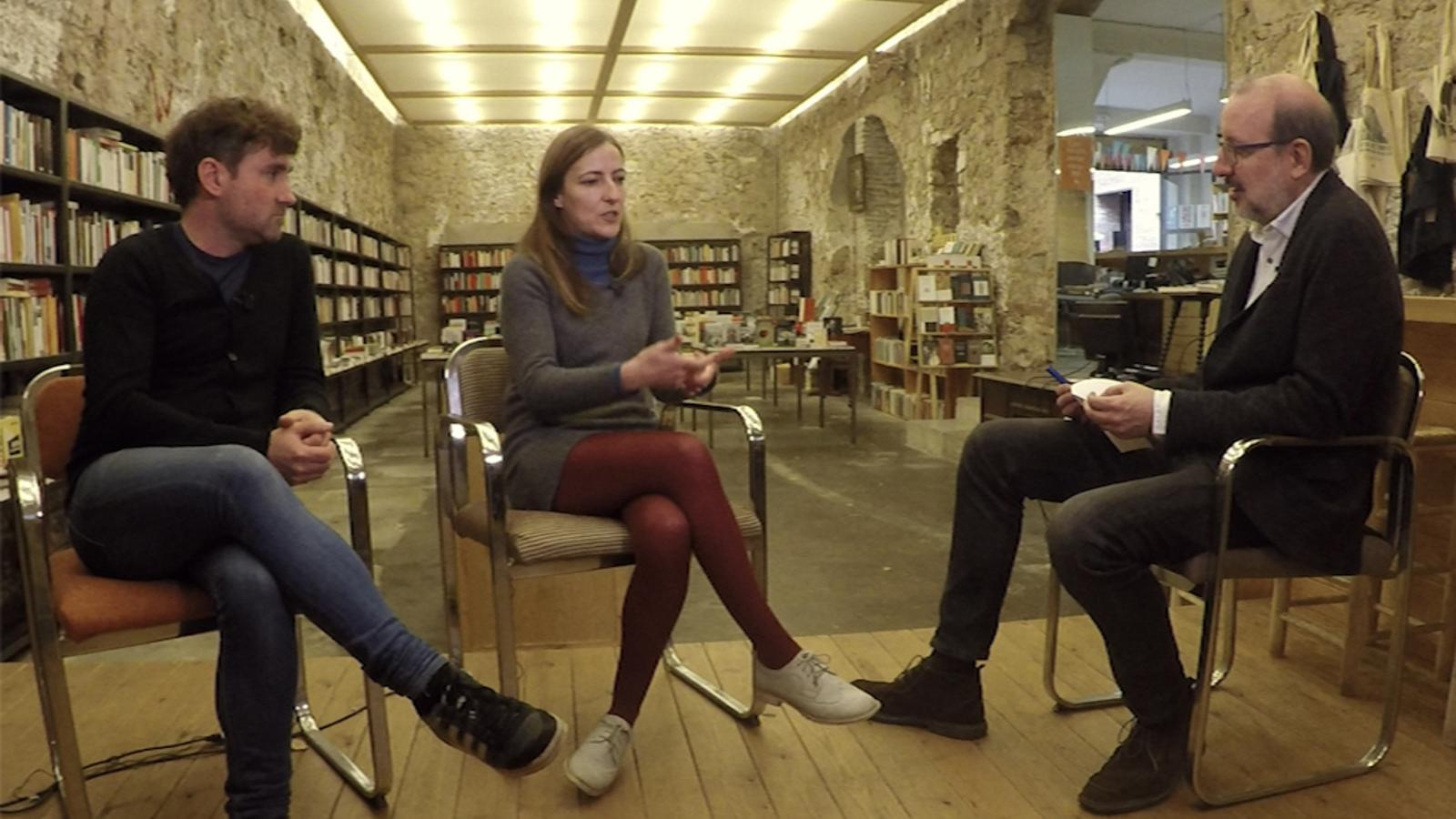 Entrevista d'Antoni Bassas a Isabel Sucunza i Abel Cutillas, propietaris de la Llibreria Calders