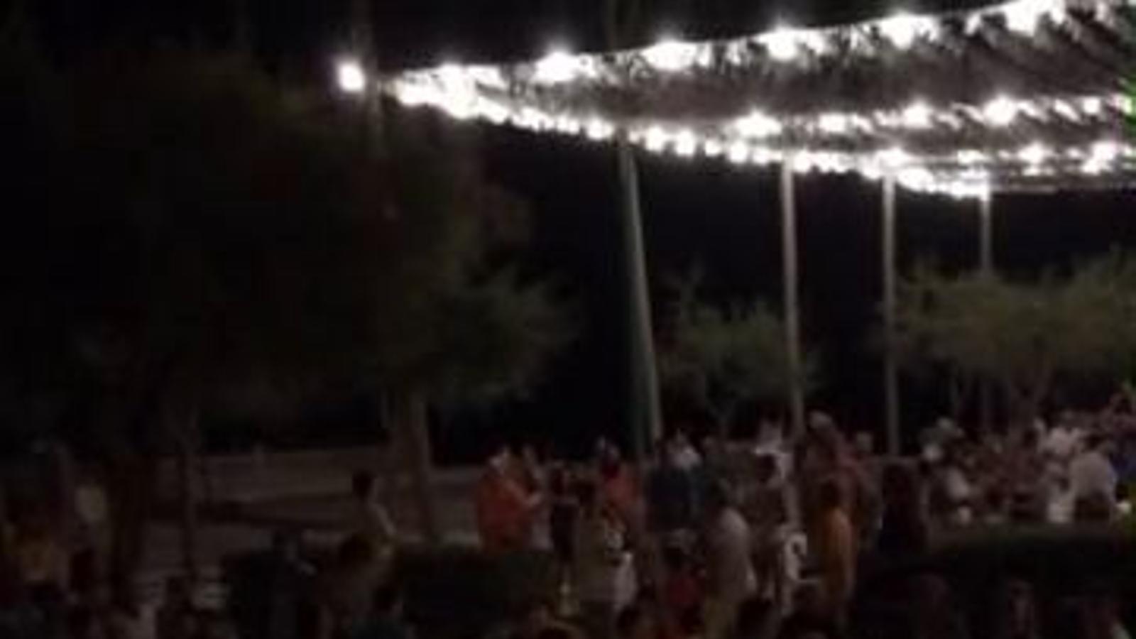 Protestes a Son Serra per la gestió de les festes