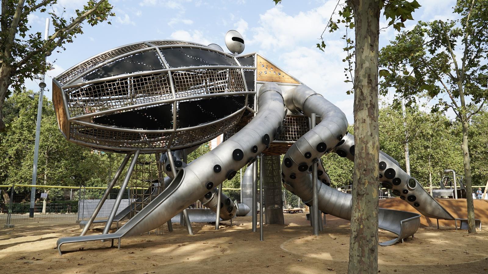 Precinten el pop infantil del Parc de la Pegaso després d'un acte vandàlic