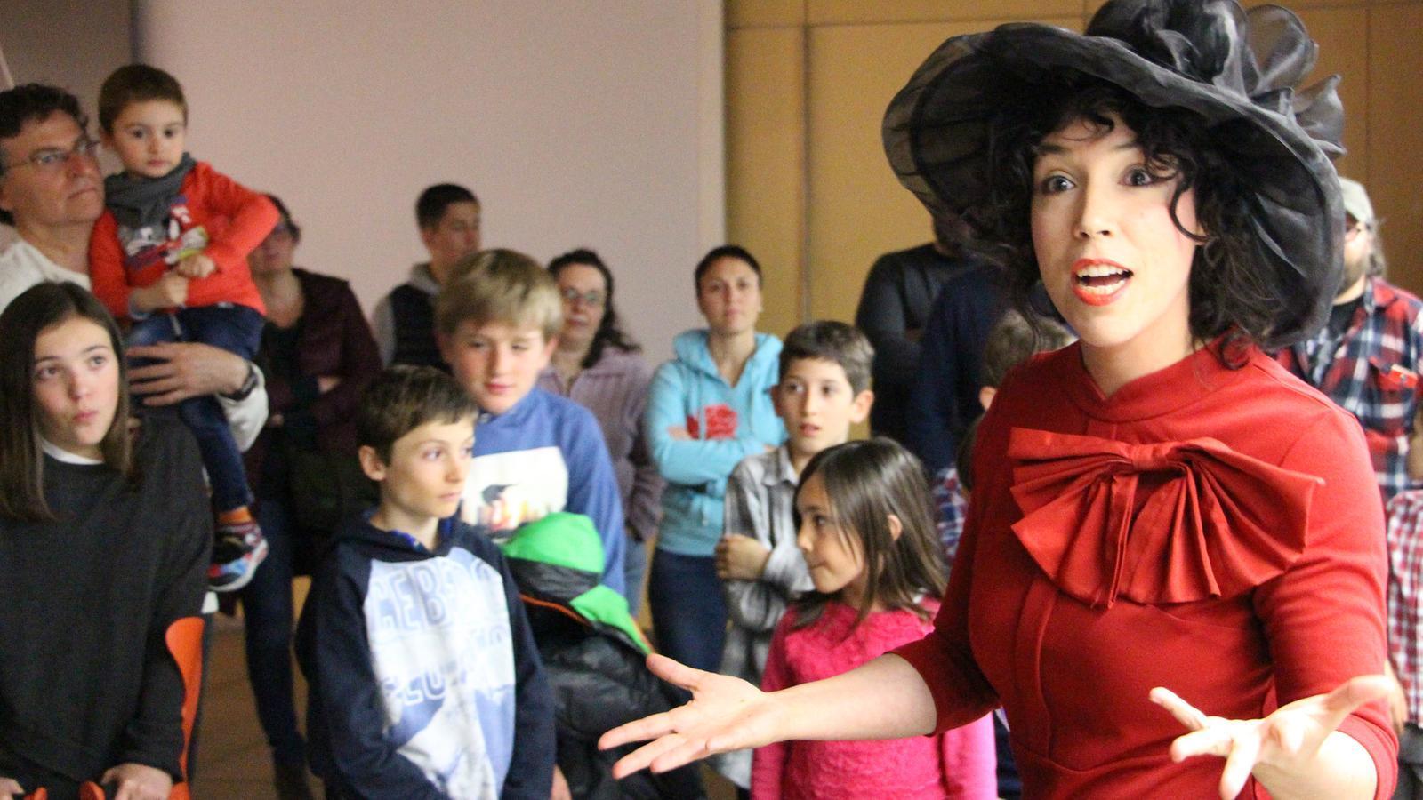 Cristina Peritas, actriu, en un moment de l'obra. / M. R. F. (ANA)